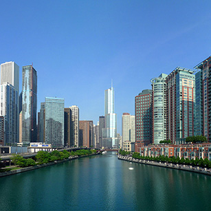 chicago-skyline-river-sunny-day
